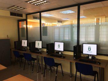 Imagen de la noticia Informática en el centro de mayores Los Canteros