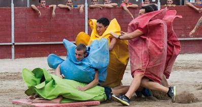 Imagen de la noticia Humor amarillo, futbolín humano, gymkana familiar… Apúntate