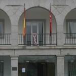 Imagen de la noticia El lazo rosa preside el Ayuntamiento
