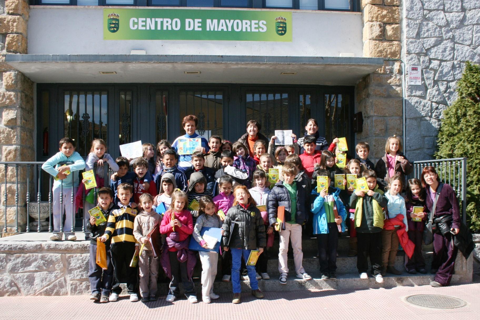 Imagen de la noticia Alumnos de Alpedrete conocen su Ayuntamiento por dentro