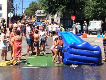 Imagen de la noticia Lánzate por un tobogán gigante de agua