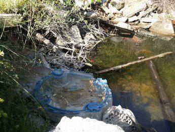 Imagen de la noticia Recogidos 60 m3 de basura de una cantera