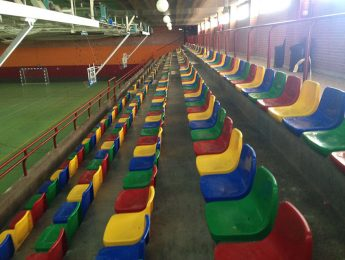 Imagen de la noticia Después de 25 años las gradas del polideportivo tienen asientos