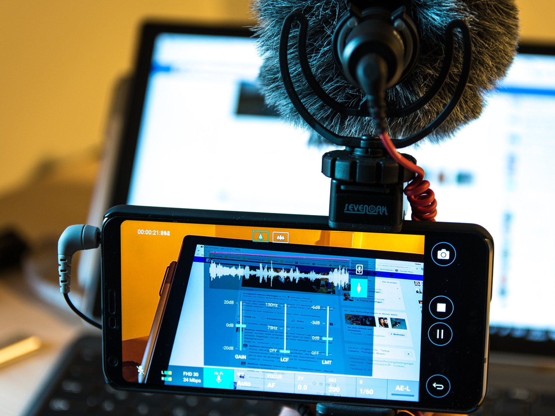 Imagen de la noticia Aprende a hacer un cortometraje con el móvil