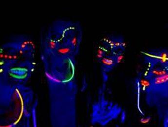 Imagen de la noticia Colores fluorescentes para la fiesta más joven