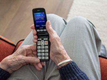 """Imagen de la noticia Taller para mayores: """"Sácale partido a tu teléfono inteligente en tu vida diaria""""."""