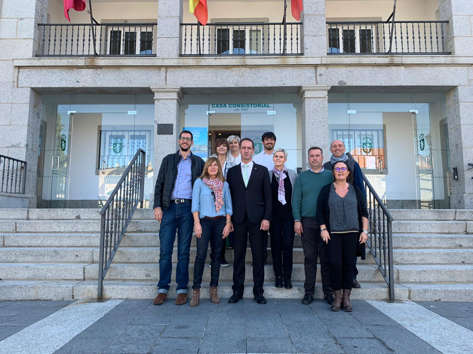 Imagen de la noticia Alpedrete y Lançon-Provence firman la carta de amistad
