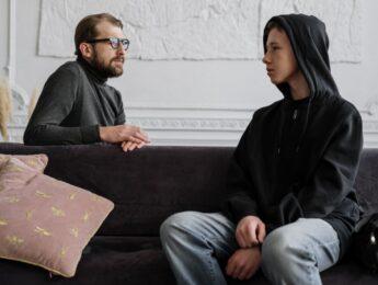Imagen de la noticia Comunicación fácil con hijos e hijas adolescentes