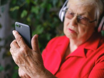 Imagen de la noticia Taller «Aprende a usar tu móvil»